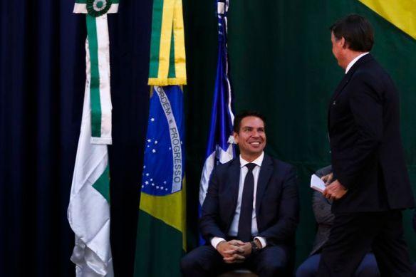 O presidente Jair Bolsonaro participa da solenidade de posse do diretor-geral da Agência Brasileira de Inteligência (Abin), Alexandre Ramagem