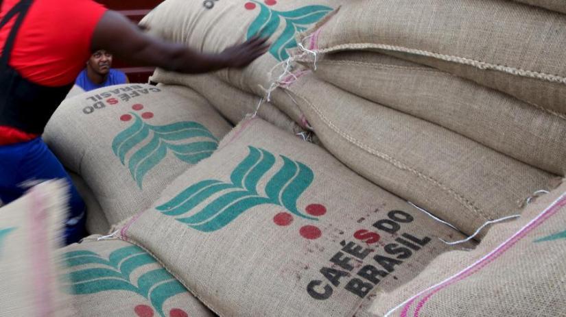 sacas-de-cafe-para-exportacao-no-porto-de-santos-sp-1586465030478_v2_900x506